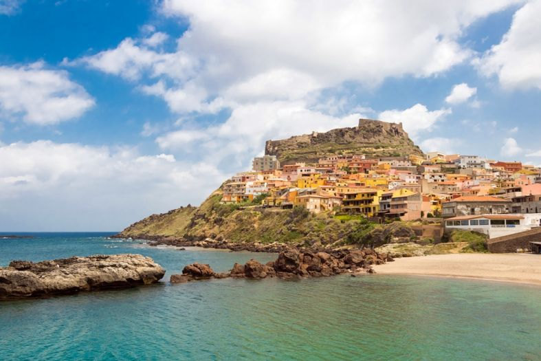 Castelsardo – put this colorful town in Sardinia on your list