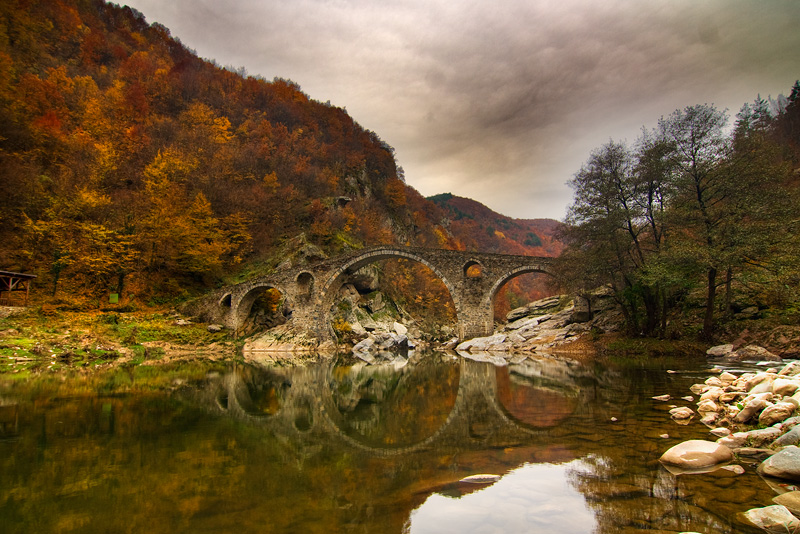 Devil's Bridge in Bulgaria – cross over to the other side