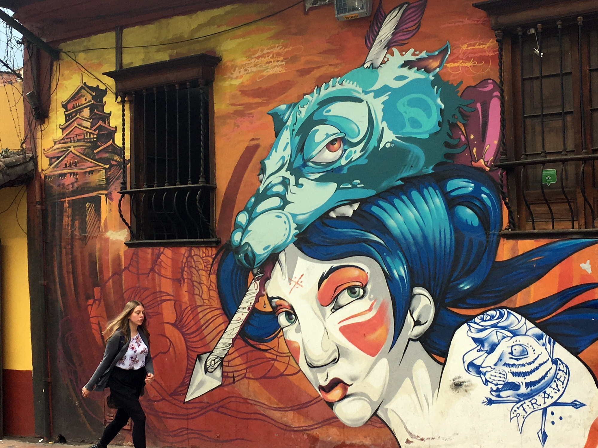 How to find color in the gray city of Bogota