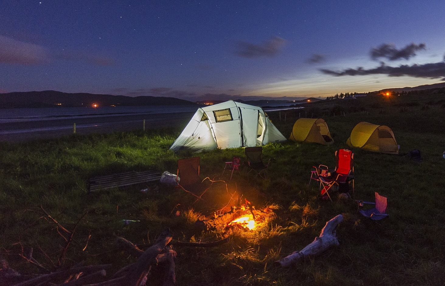 23 camping quotes from people who love it and hate it