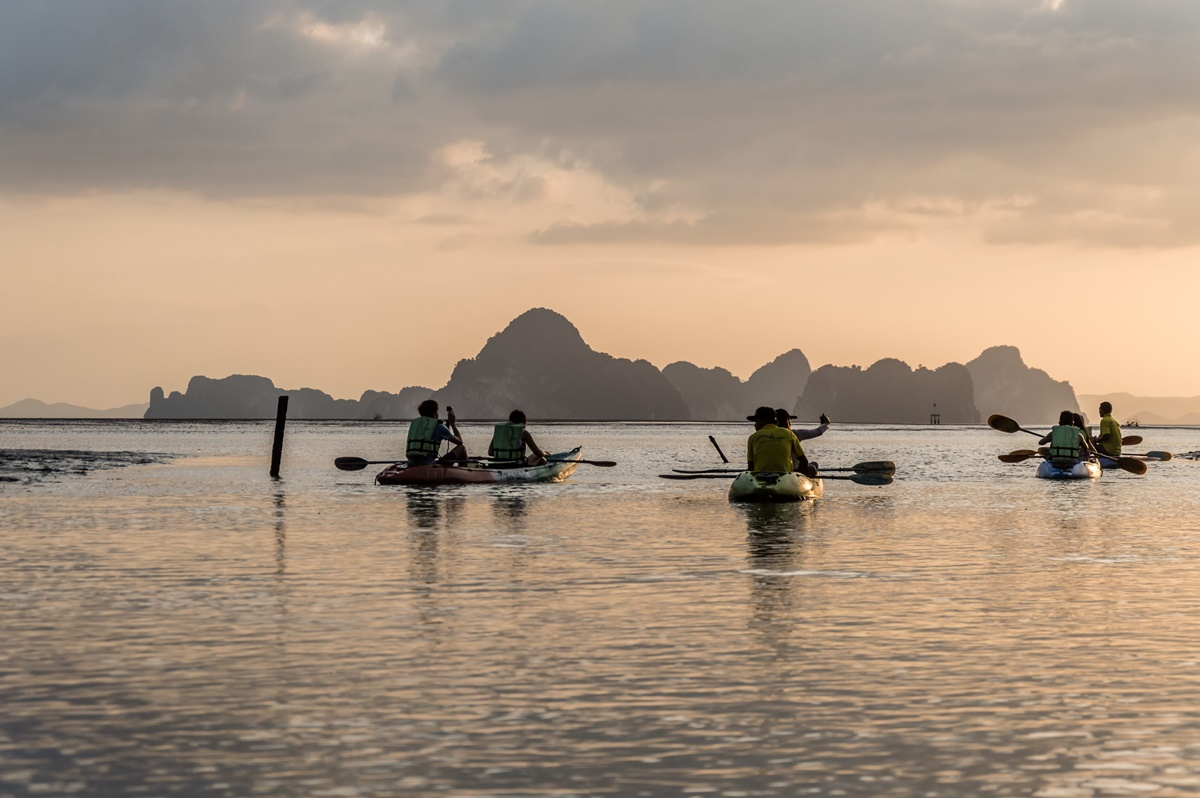 A Detailed Guide On How To Plan A Safe And Fun Kayak Fishing Trip On A Budget