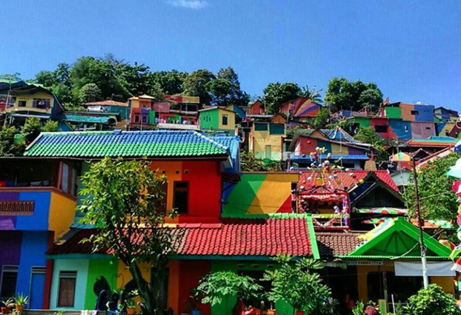 Rainbow Village, Indonesia – when governments get it right