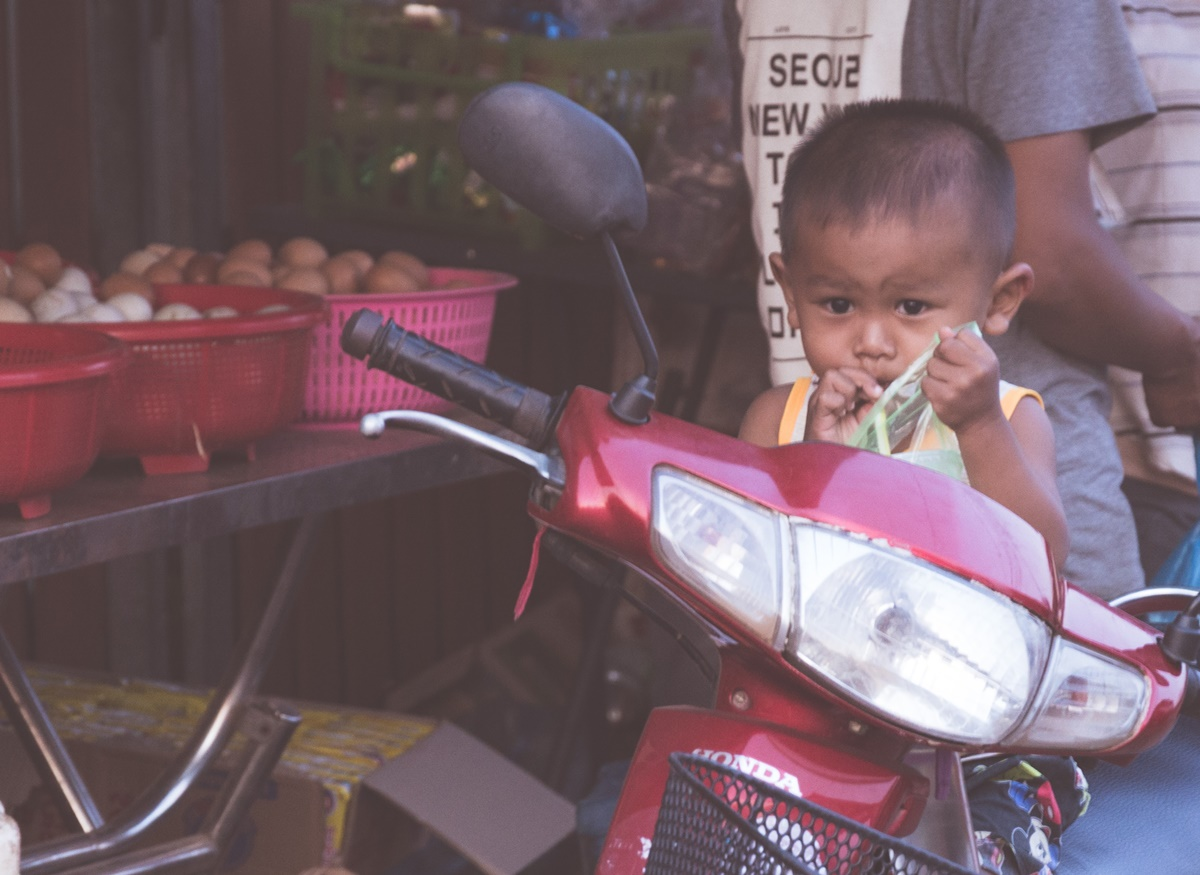 3 simple ways to make friends with Cambodians