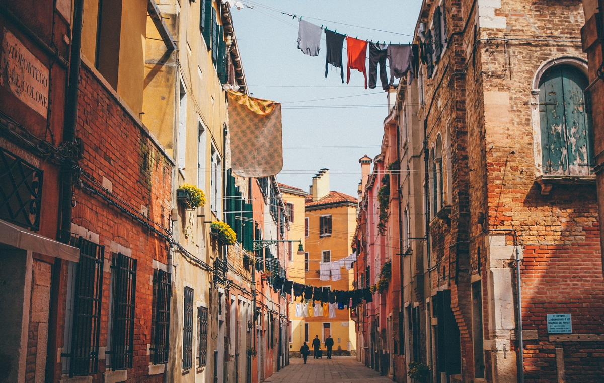 Dolce far niente – the meaning of the Italian concept explained by Italians
