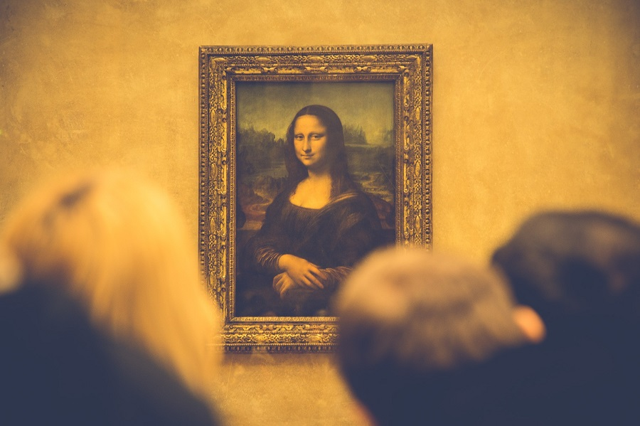 8 fun facts about the Mona Lisa, the mystery of her smile and eyebrows