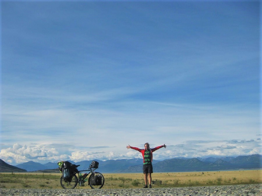 Cycling in the steppe of Mongolia – a book excerpt